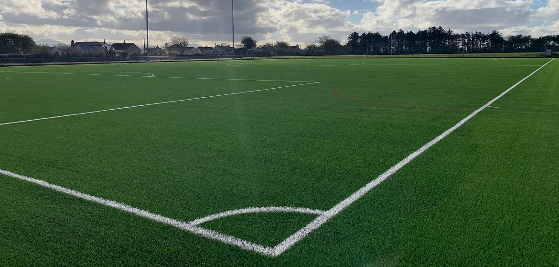 北方国家的球场很多都是採用所谓的3G球场