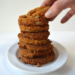 Healthy Onion Rings With Sourdough Breadcrumbs.