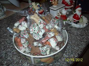 QUICK DOG TREATS - GREAT FOR CHRISTMAS STOCKINGS!