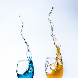 Duoglass by Eddy Maerten - Abstract Water Drops & Splashes ( water, water drops, blue, yellow )