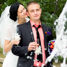 Wedding photographer Viktor Rut (Vikk). Photo of 19.06.2014