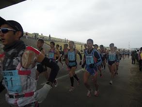 Photo: 最初は快速ランナー達が行く