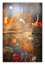 Photo: Antonio Berni Incendio en el barrio de Juanito 1961. 305 × 210 cm. Óleo y metales (chapa, aluminio y chatarra); tejidos, impresiones litográficas, clavos y grapas sobre madera. Colección particular, Buenos Aires. Expo: Antonio Berni. Juanito y Ramona (MALBA 2014-2015)