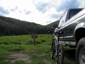 Photo: Day use parking at the trailhead