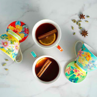Hibiscus and Pomegranate Mulled Tea.