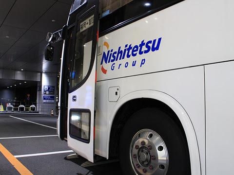 西鉄高速バス「桜島号」 4012 鹿児島中央駅前改札中 その2