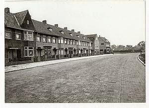 Photo: 1931 Heuvelstraat (1961 Heuvelplein)