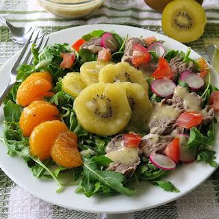 Kiwifruit and Steak Salad