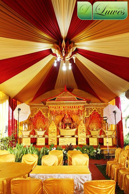 tenda pernikahan dan dekorasi pelaminan adat