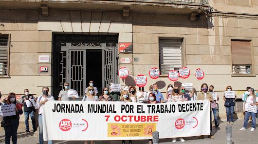 Concentración de UGT con ocasión del Día Mundial por el Trabajo Decente