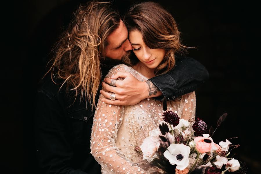 Wedding photographer Anna Zofka (artandstory). Photo of 07.03.2021