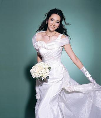 38d23ddb0 ... فساتين الزفاف الكوريه korean wedding dresses. Labels: korean fashion  2011-2012
