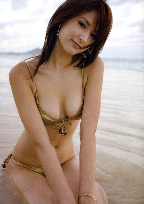 leah dizon nude naked