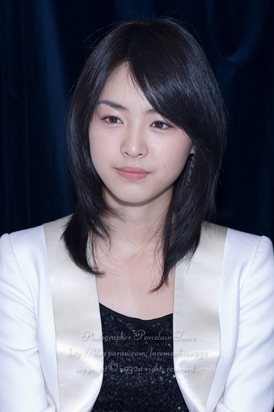 Celebrity Hairstyles 2010 Korean Fashion Korean Medium Length Haircuts for