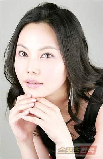 Sang-mi Choo Nude Photos 21