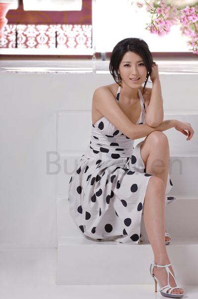 Chinese Actress Zeng Li Beautiful Photoshoot