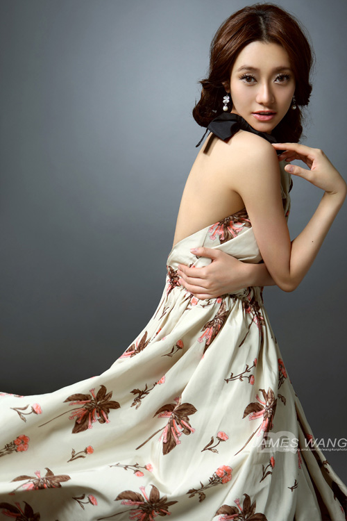 Sexy flowers girl dress beautiful