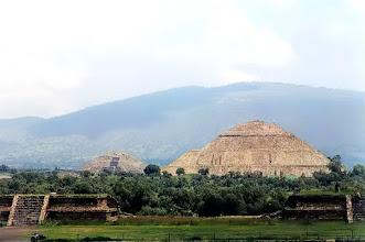 Photo: Teotihuacán, Piramidy Słońca i Księżyca / The Pyramids of thr Sun and the Moon
