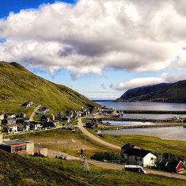 Skarsvåg fiskevær by Monita Alstadsæter - City,  Street & Park  Vistas ( north norway, mountain sea, skarsvåg )