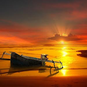 BoatT.jpg