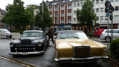 Photo: Ford Lincoln Continental