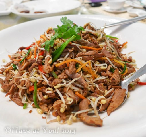 shredded duck and beansprouts