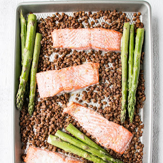 Sheet Pan Salmon, Lentils and Asparagus Recipe