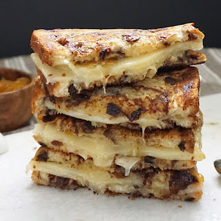 Apricot White Cheddar Grilled Cheese