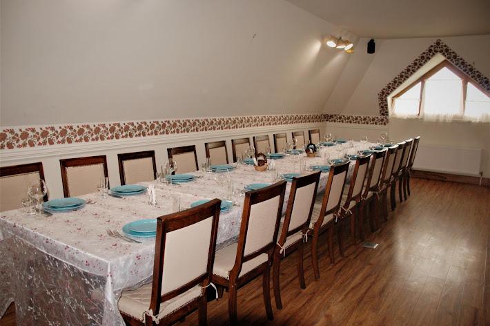 Фото №2 зала Кафе «ХАТА»
