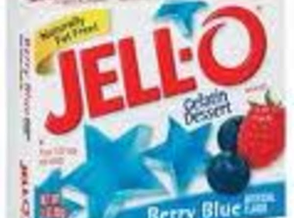 SKY:  In large bowl, add boiling water over blue jello,  mix until dissolved. ...