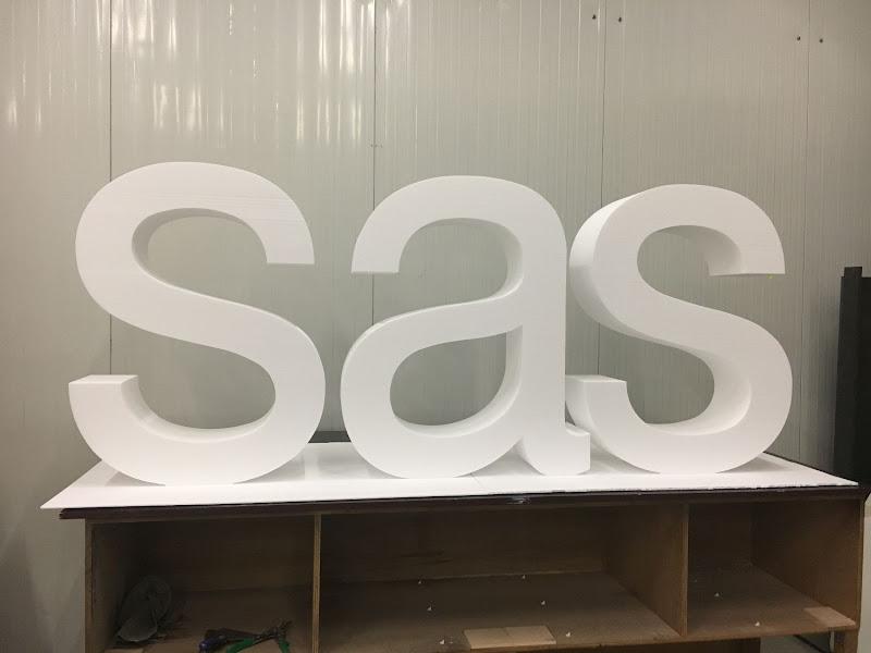 3D letters & logo's uit EPS en XPS - 3D letters SAS