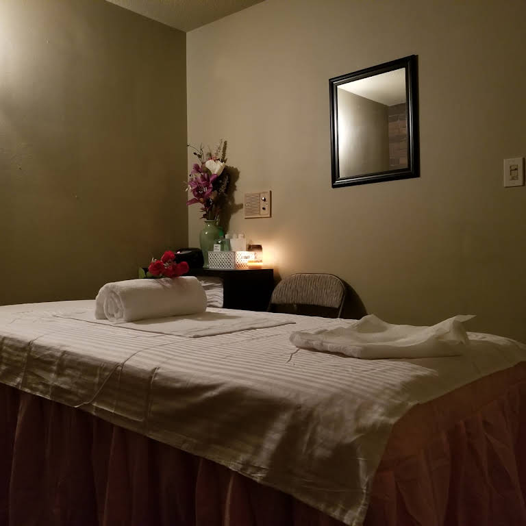 Healthy Spa - Massage Therapist in Salem