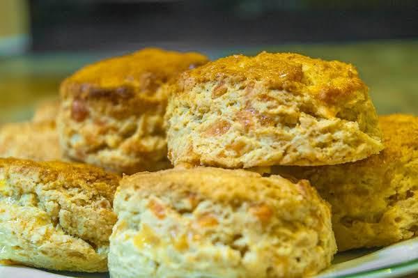 Autumn Essentials: Cheddar Cheese Scones Recipe