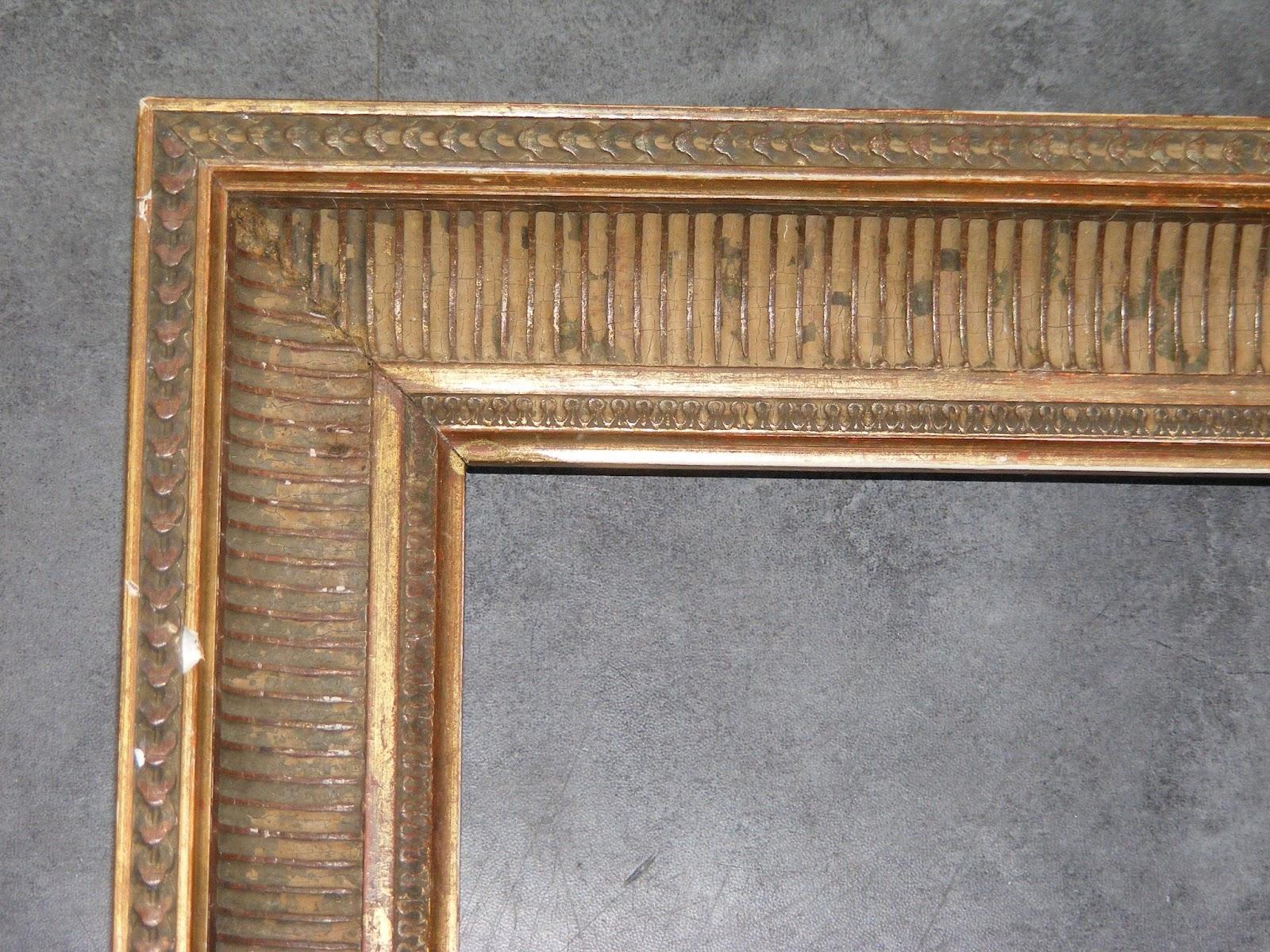 grand cadre ancien en bois rainure a restaurer 41 5cmx56cm cadr298 ebay. Black Bedroom Furniture Sets. Home Design Ideas