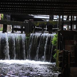 Rochdale canal by Gordon Simpson - Buildings & Architecture Bridges & Suspended Structures