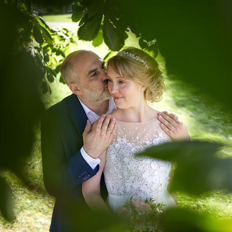 Wedding photographer Pavel Karpov (PavelKarpov). Photo of 08.12.2017