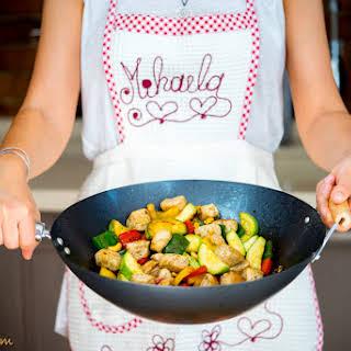 Wok stir-fried Chicken with veggies and cashew.