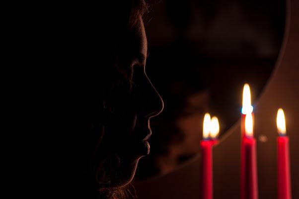 A lume di candela di Davide Vitali