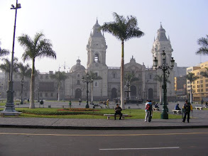 Photo: The central plaza, Lima