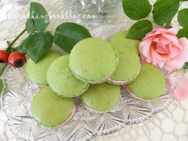 Персийски Макарони (Macaroons) с шамфъстък и аромат на роза