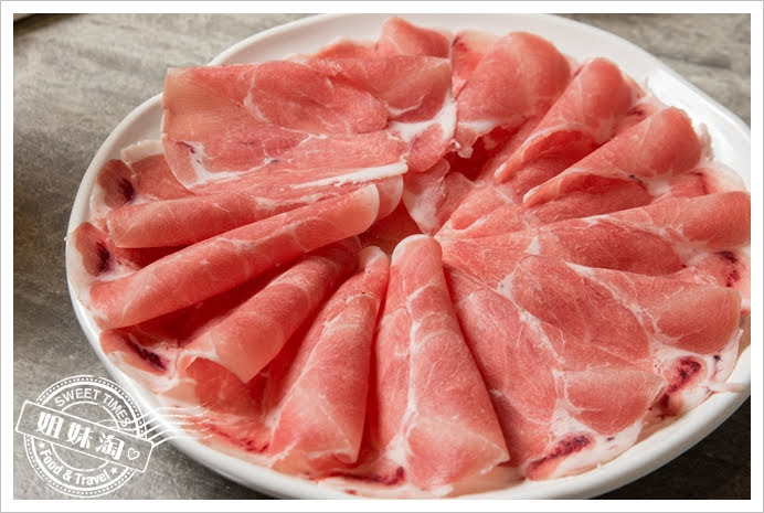 哈肉鍋大盤肉低溫熟成豬