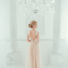 Wedding photographer Irina Alenicheva (irinaalenicheva). Photo of 13.04.2017