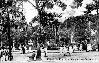 Photo: Praça D. Pedro. Foto do início do século XX
