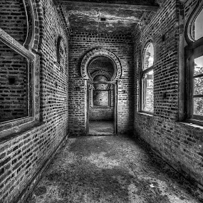 Abandoned Kellie's Castle interior by Edwin Ng - Black & White Buildings & Architecture ( malaysia. black and white, kellie, castle, perak, abandoned )