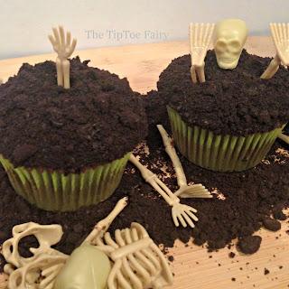 Boneyard Cupcakes