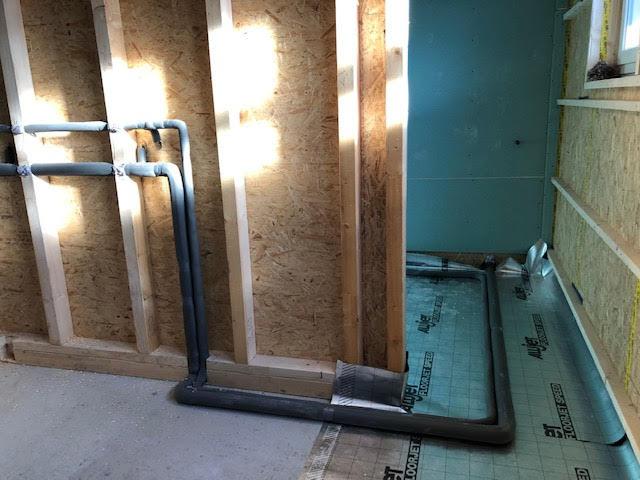 Die Sanitär- und Elektroinstallationen haben begonnen