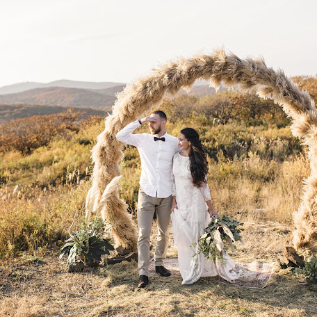 Wedding photographer Dmitriy Oleynik (OLEYNIKDMITRY). Photo of 17.10.2017