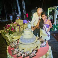 Wedding photographer Pedrito Ensomo (koys). Photo of 30.10.2017