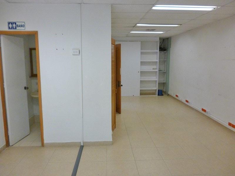 oficina en arriendo manila 679-25696