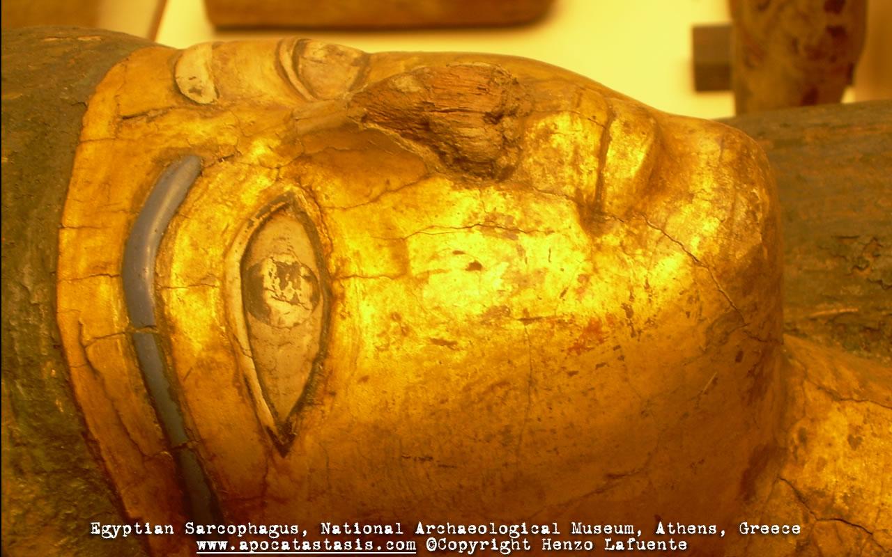 Photo: Sarcófago egipcio, Museo Arqueológico, Atenas